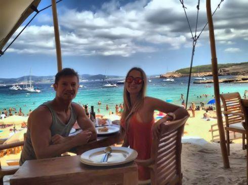 En el restaurante 'Cala Bassa' con mi amigo Jason Kaye