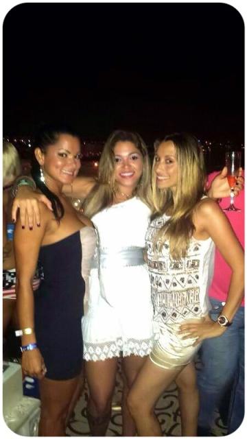 runa y yo con Reina del Carnaval de Brasil, entre brasileñas andaba la cosa!! :)