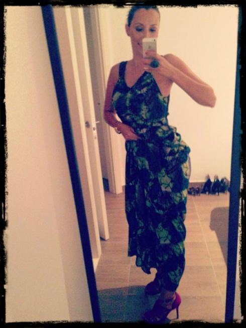 Preparándome para una noche épica con Paris Hilton!! :)