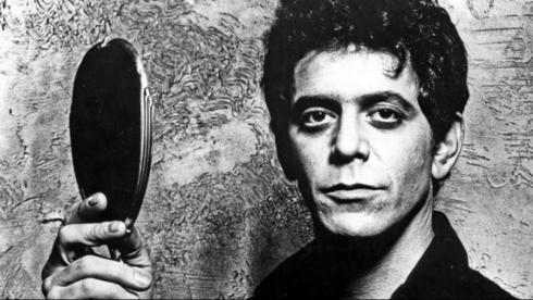 No me gusta la tristeza , a menos que sea la mía…//I do not like the sadness, unless mine … By Lou Reed