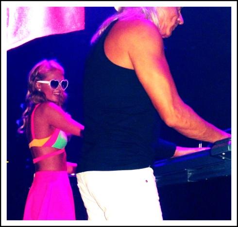 Paris pinchando en Amnesia Ibiza!!
