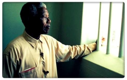 Permaneció casi un tercio de su vida en la cárcel por luchar contra la segregación racial.