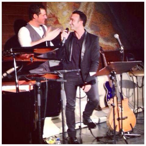Manu Tenorio y Luis Rollán en el escenario.